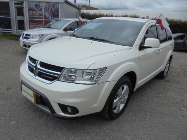 DODGE JOURNEY SE 2.4 5PTOS